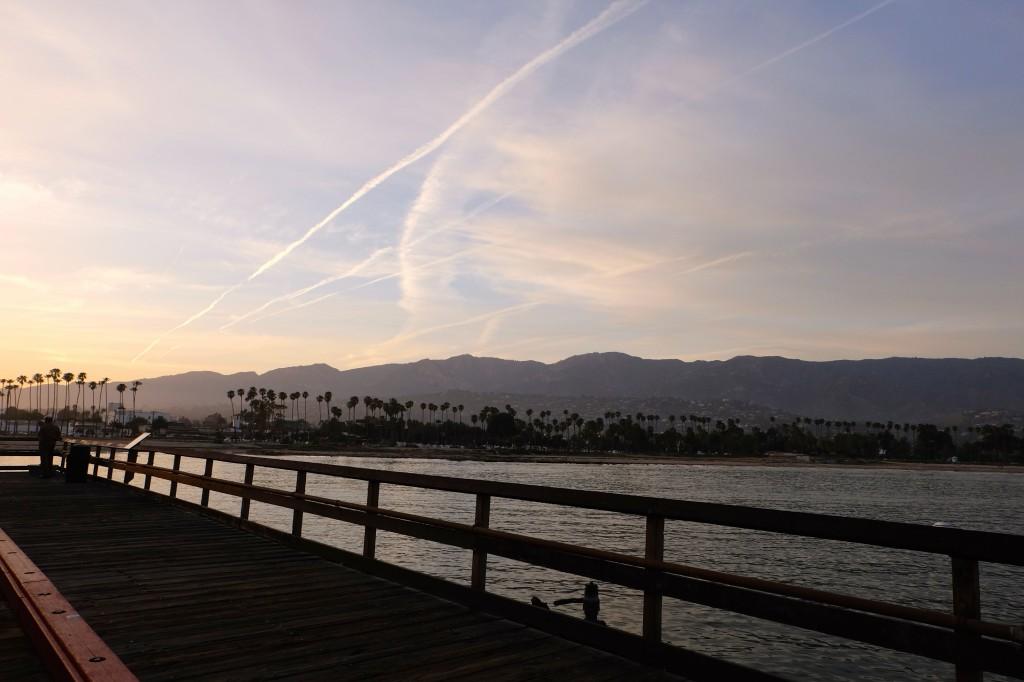 La promenade vue depuis le ponton à Santa Barbara