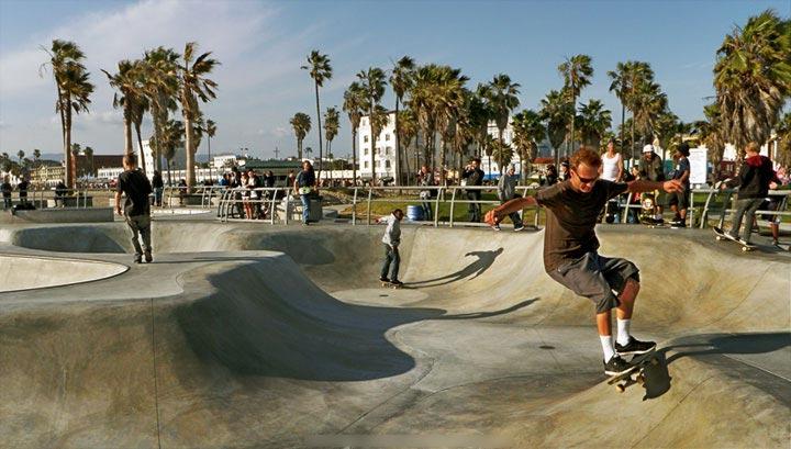Le fameux skatepark de Venice Beach